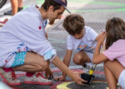 Artiste et enfants créatifs
